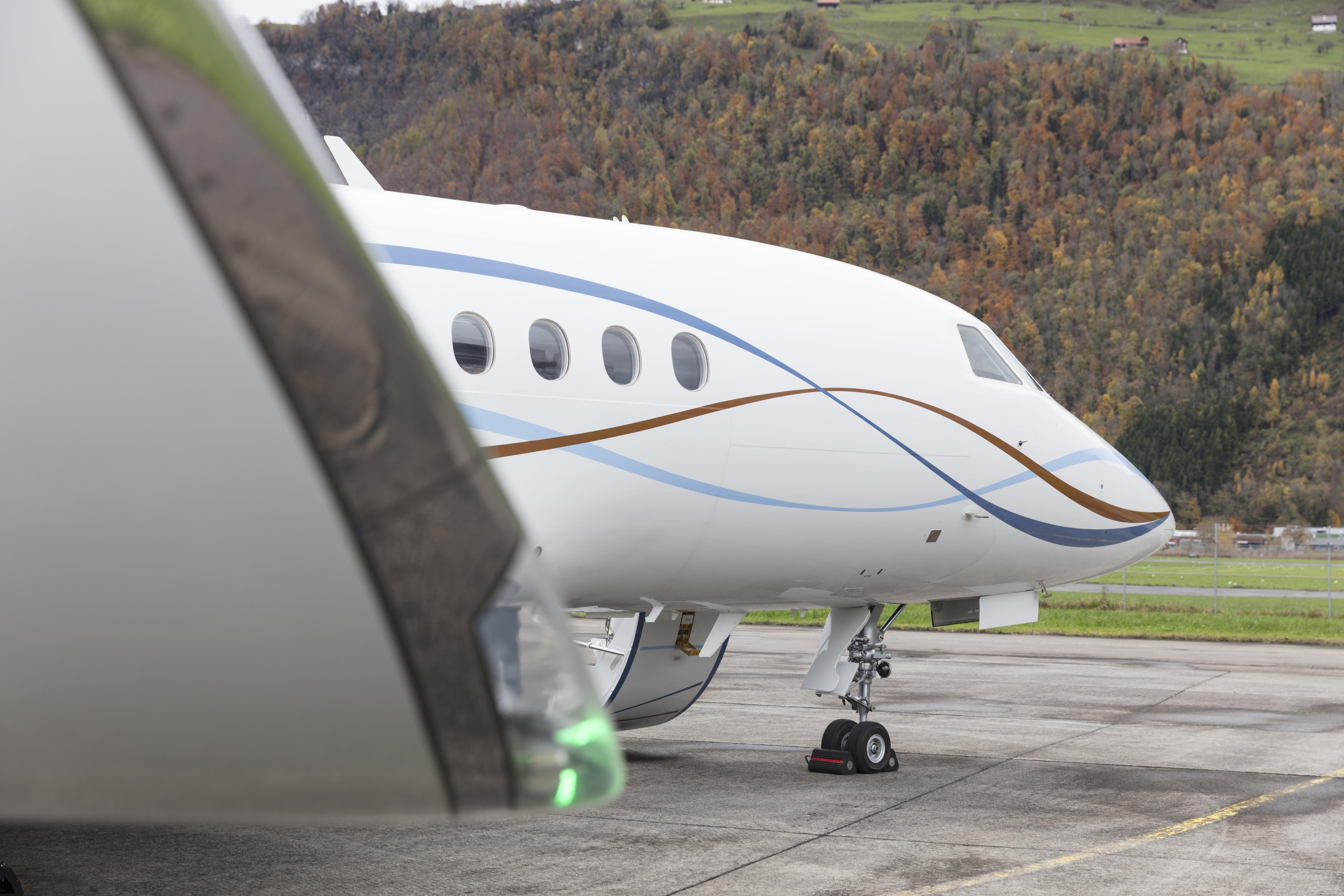 Foto d'estoc gratuïta de aeròdrom, aeroport, avió, negoci