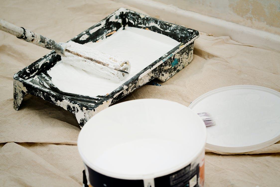 Fotos de stock gratuitas de bote de pintura, cuadro, lata de pintura
