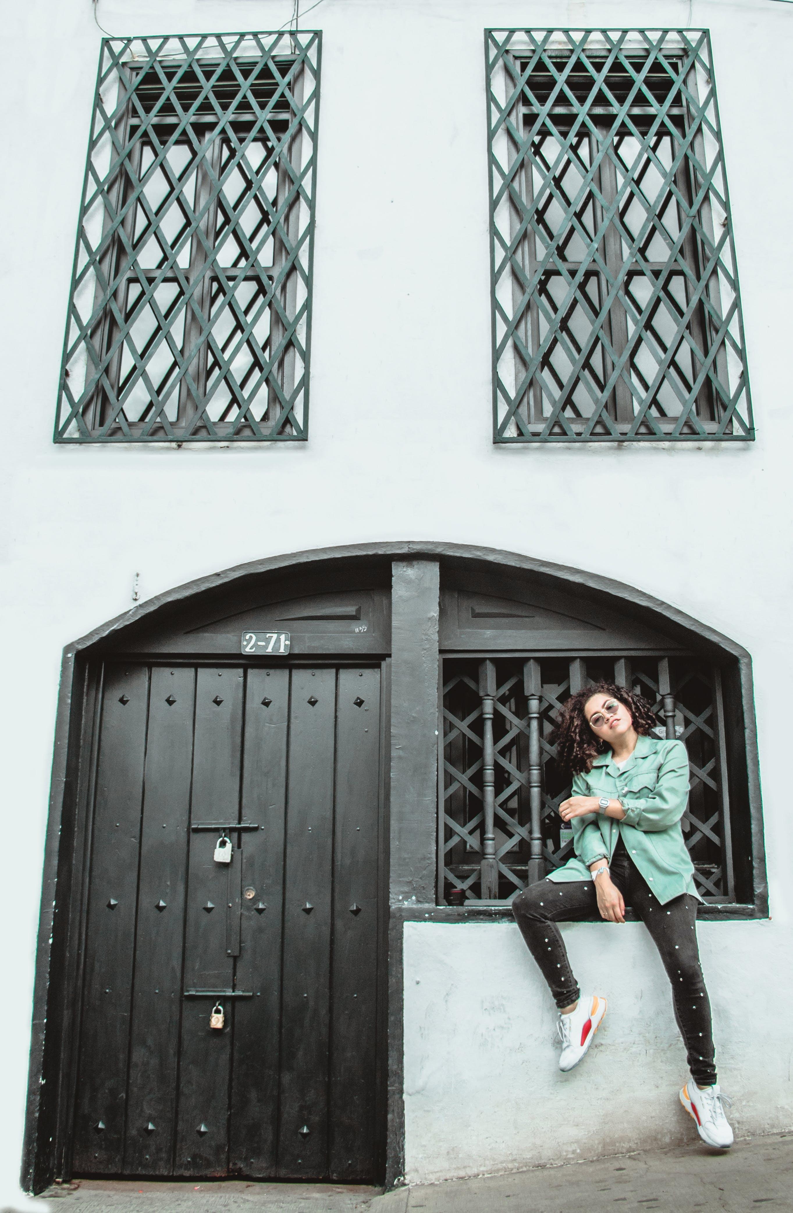 Ingyenes stockfotó ablakok, acél, ajtó, bejárat témában