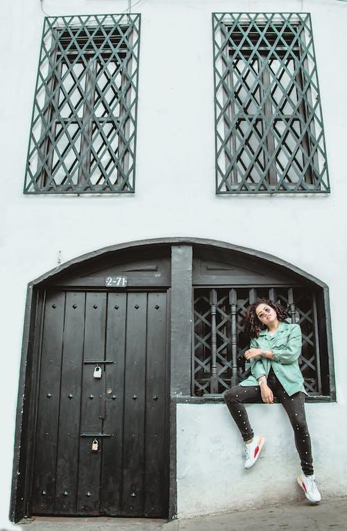 Gratis stockfoto met architectueel design, architectuur, binnenkomst, buiten