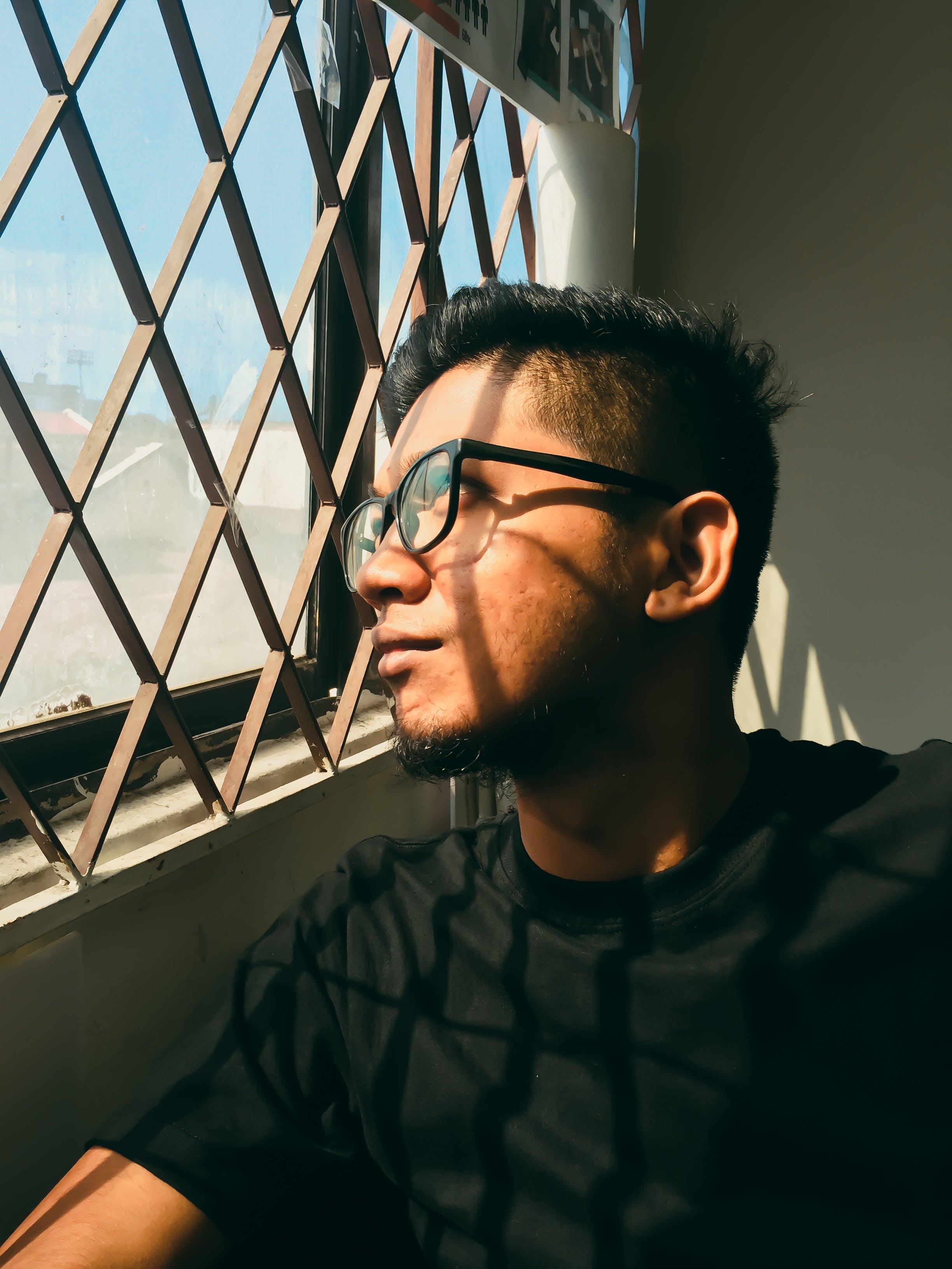 Δωρεάν στοκ φωτογραφιών με rawpixel, αυτοπροσωπογραφία, βλέπω, γυαλιά οράσεως