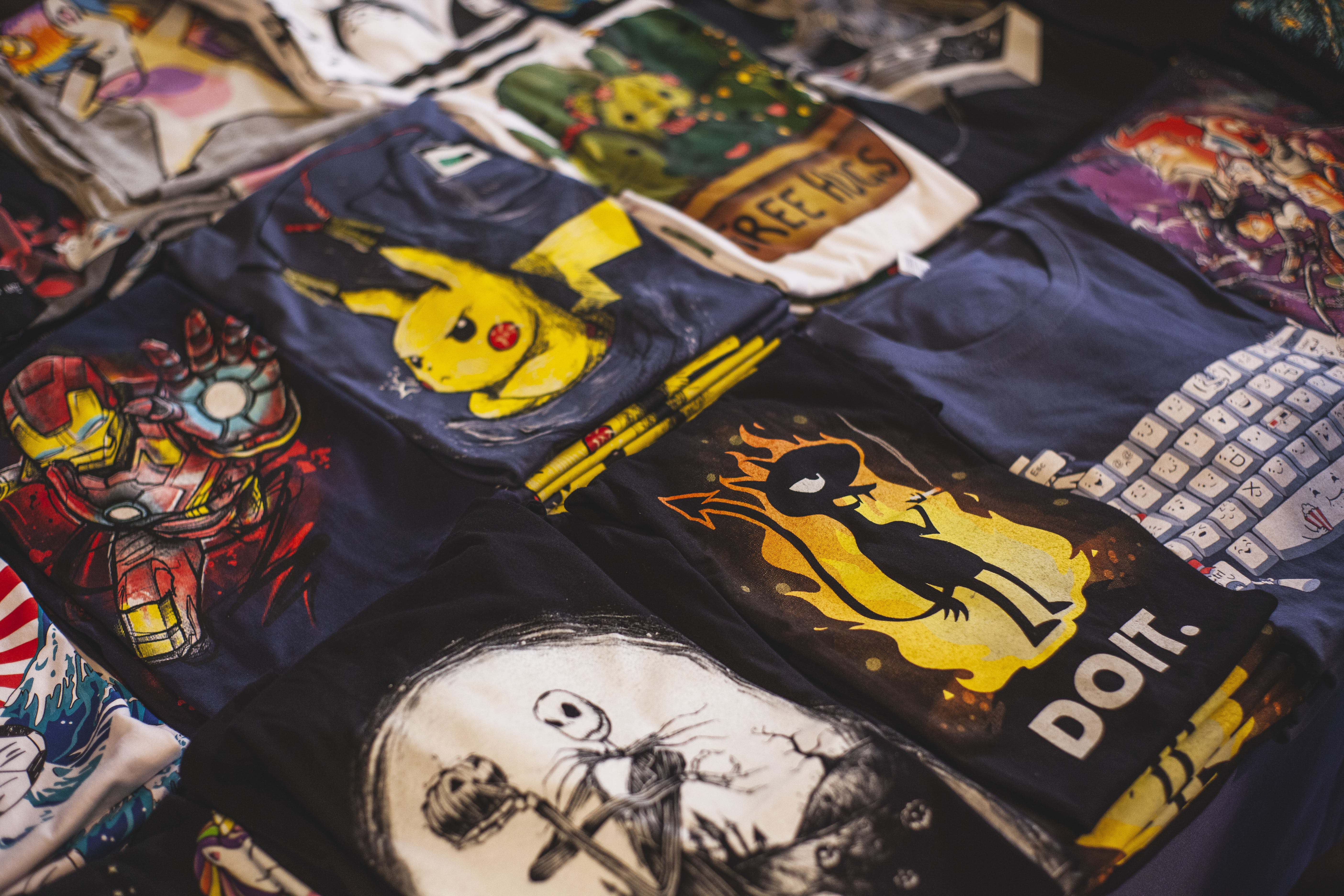 Dükkan, gömlekler, Market, tişört içeren Ücretsiz stok fotoğraf