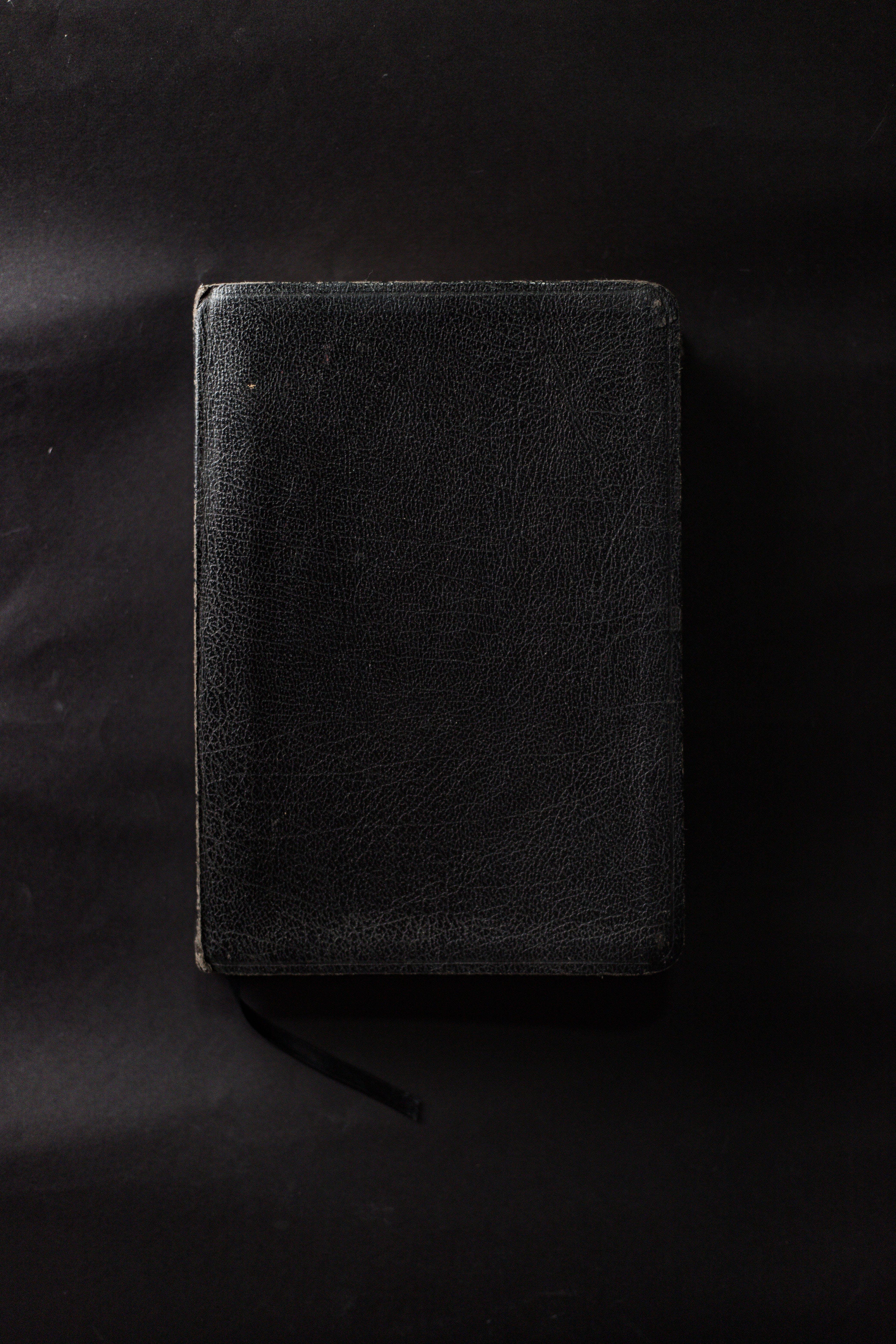 Základová fotografie zdarma na téma bible, černá, kniha, kůže
