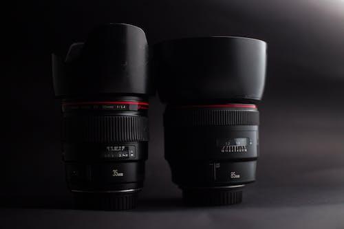Kostenloses Stock Foto zu 35mm linse, 85mm linse, ausrüstung, canon