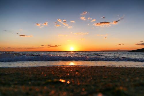 คลังภาพถ่ายฟรี ของ ขอบฟ้า, ชายหาด, ดวงอาทิตย์, ตะวันลับฟ้า