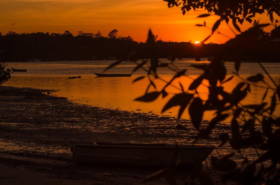 Àfrica, alba al vespre, capvespre