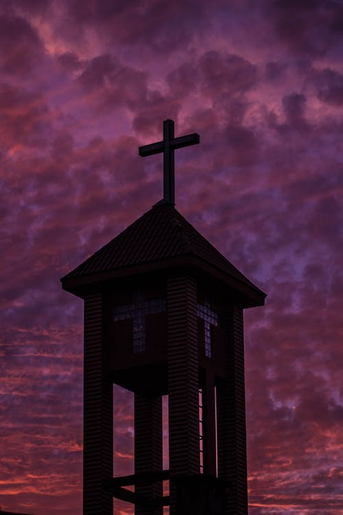 Gratis arkivbilde med arkitektur, atmosfærisk kveld, dramatisk himmel, jesus kristus
