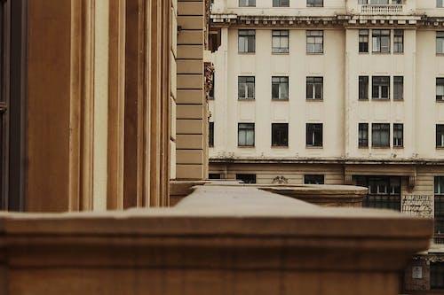 Kostenloses Stock Foto zu architektur, architekturdesign, außen, balkon