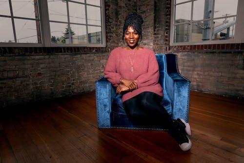 Ingyenes stockfotó afrikai nő, afro-amerikai nő, arckifejezés, boldog témában