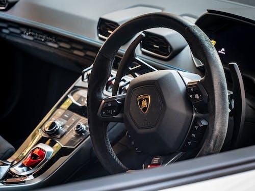 Základová fotografie zdarma na téma alcantara, interiér lamborghini, interiér vozu, Lamborghini