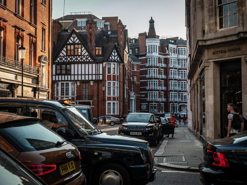 Základová fotografie zdarma na téma londýnské památky, pouliční fotografie, roh ulice, staré budovy