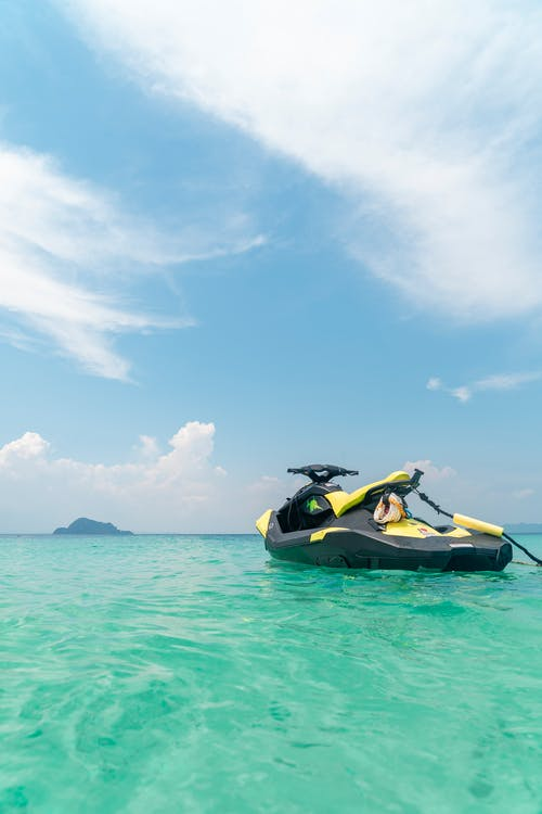 250 Interesting Jet Ski Photos Pexels Free Stock Photos