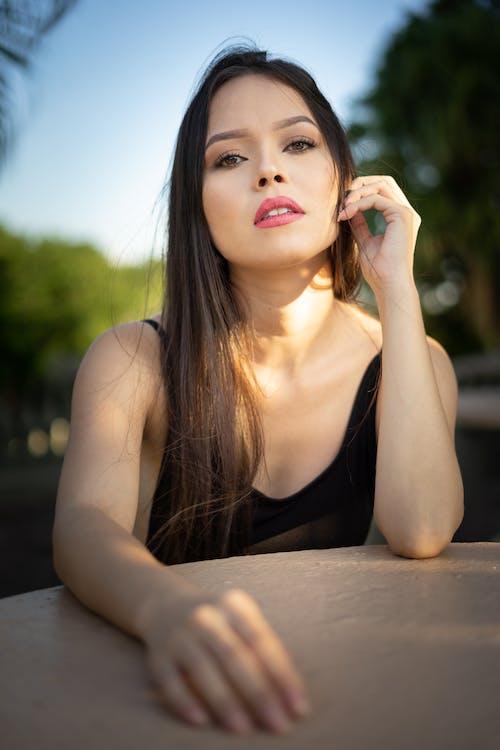Kostnadsfri bild av brunett, fotografering, Framställ, kvinna
