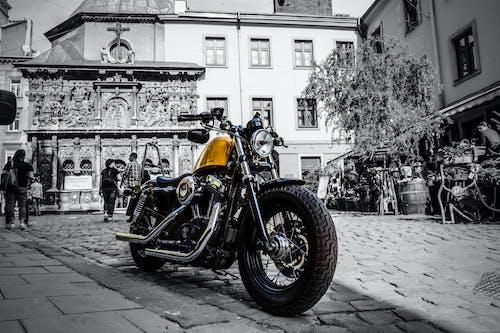 Gratis lagerfoto af cykel, gul, moto