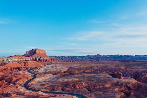 çöl, dağlar, drone, drone çekimi içeren Ücretsiz stok fotoğraf