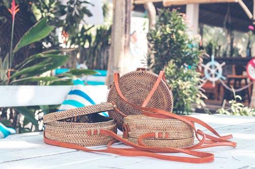 Aksesuarlar, çantalar, dokuma, el yapımı içeren Ücretsiz stok fotoğraf