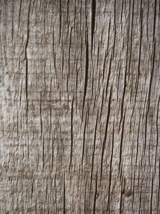 грубий, дерев'яний, Деревина