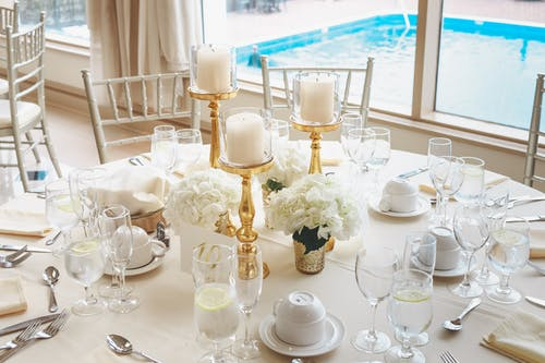 elegant table setting