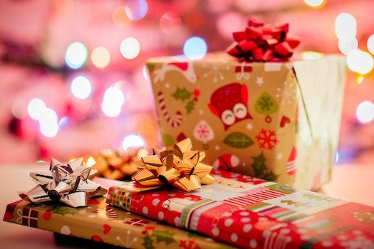 Kostenloses Stock Foto zu weihnachten, überraschung, geschenke