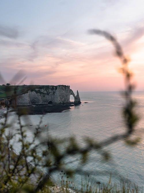 Безкоштовне стокове фото на тему «берег моря, вода, Захід сонця, краєвид»
