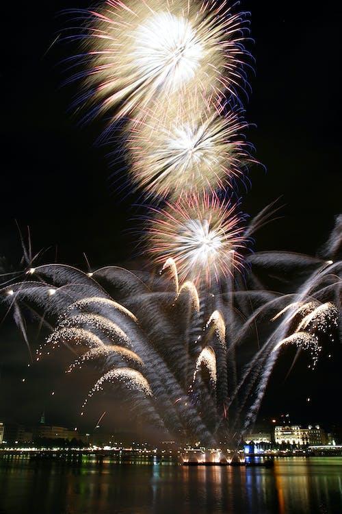 花火の無料の写真素材