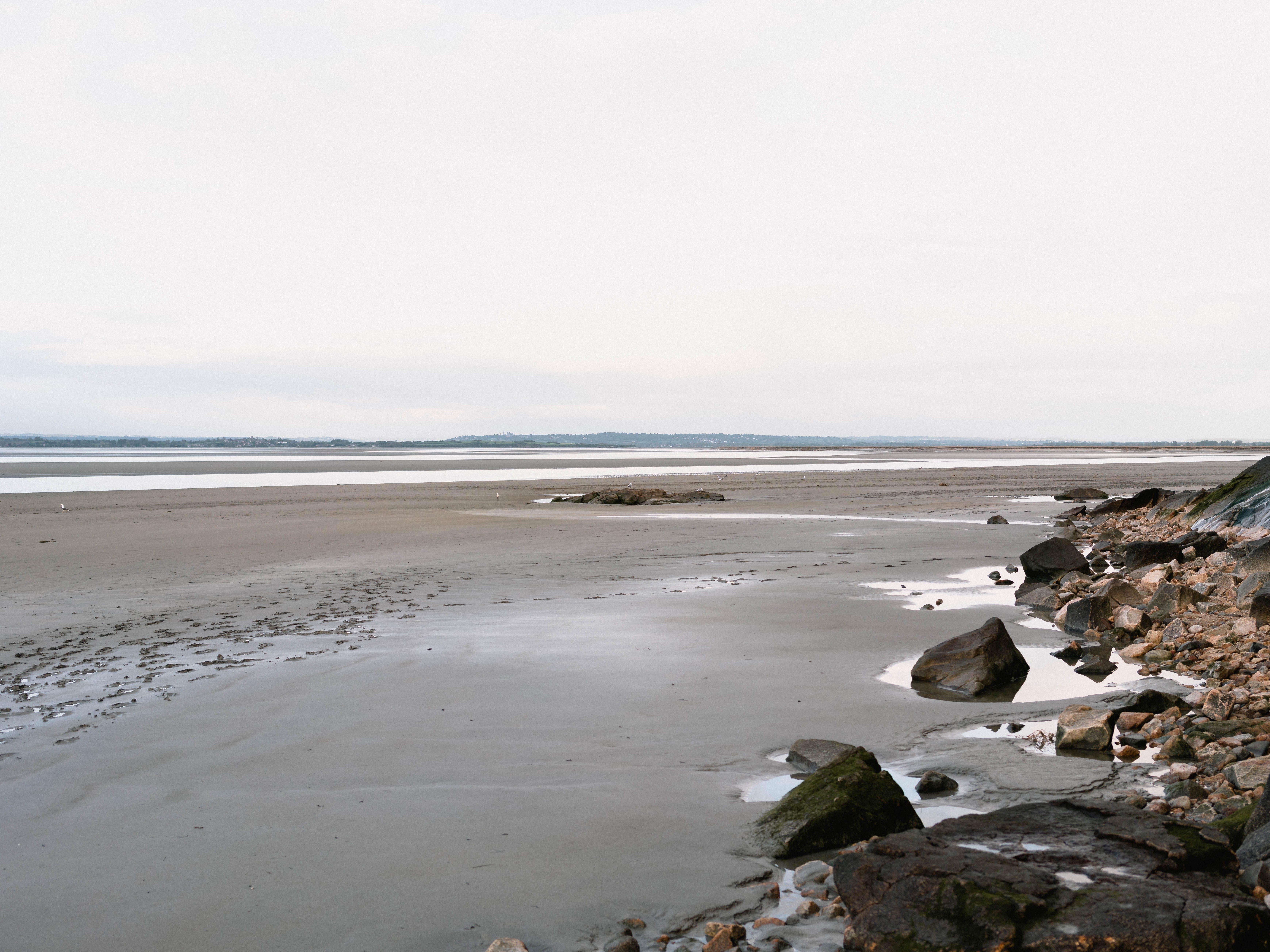Kostenloses Stock Foto zu ebbe, felsen, meer, meeresküste