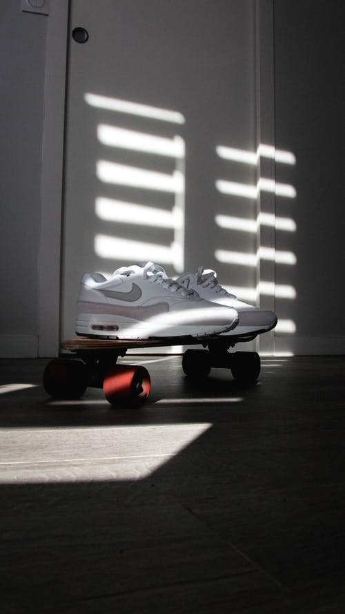 Photos gratuites de air max, baskets, minimalisme, nike