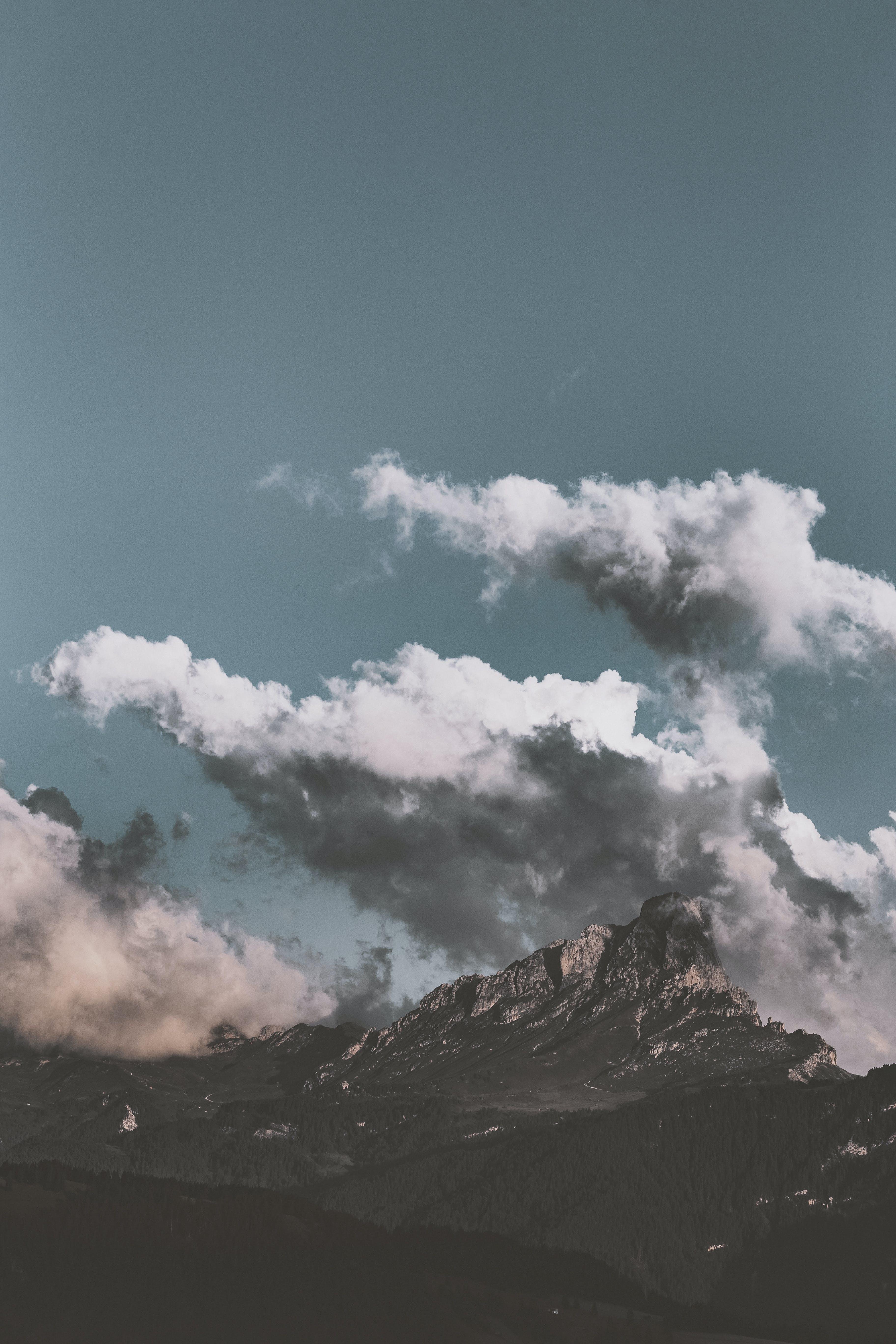 Immagine gratuita di ambiente, catena montuosa, cielo, cresta