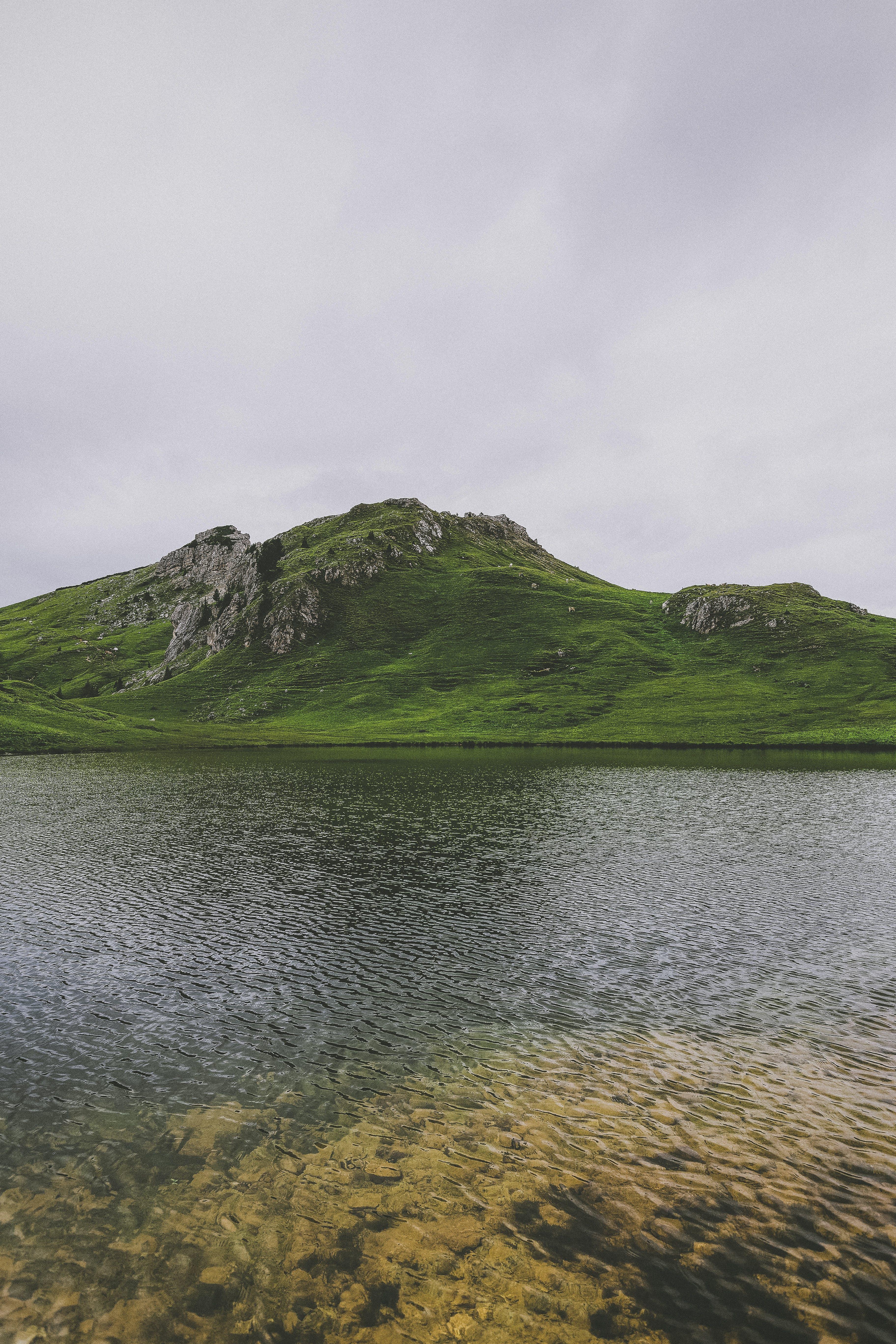 4k duvar kağıdı, açık hava, ada, çim içeren Ücretsiz stok fotoğraf