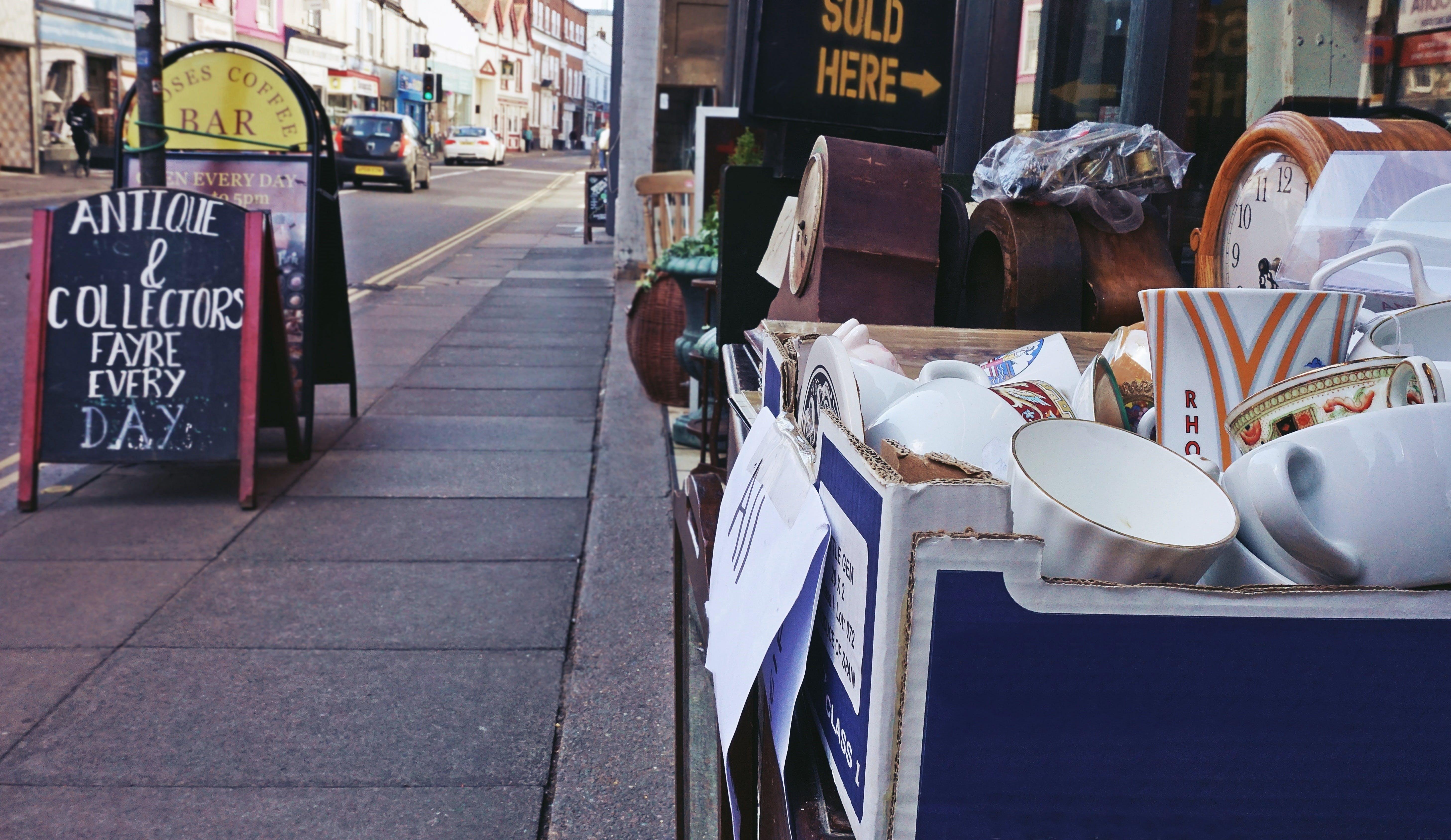 골동품, 머그잔, 빈티지, 스트리트 마켓의 무료 스톡 사진
