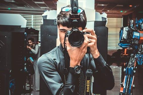 Nikon 相機, 人, 專注, 尼康 的 免費圖庫相片