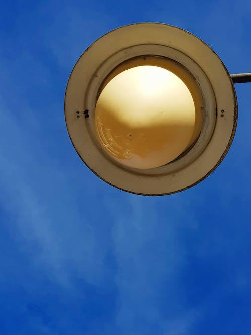 Kostnadsfri bild av luz, poste, poste de aço, poste de iluminação