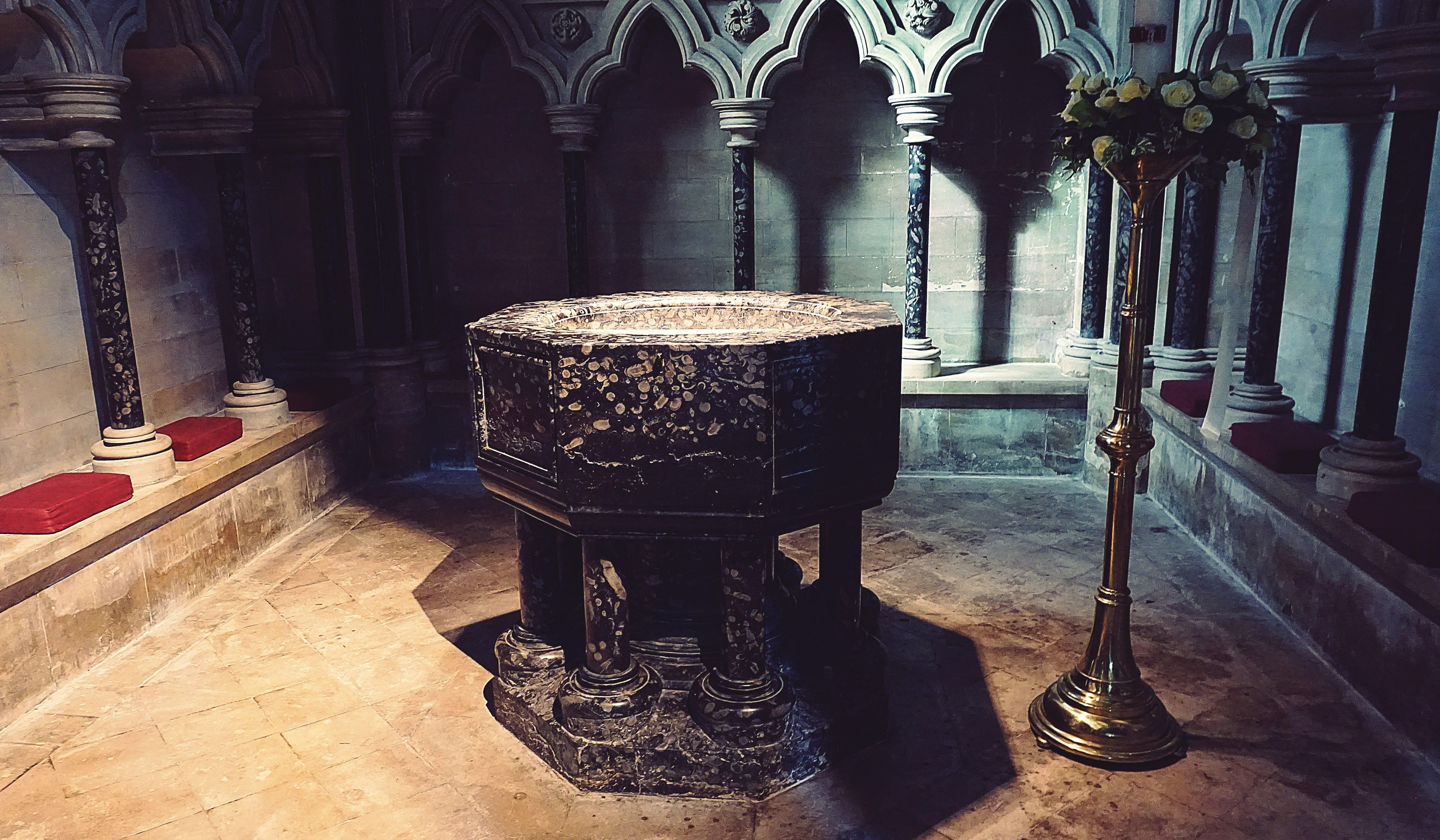 가톨릭, 건축, 고대의, 교회의 무료 스톡 사진