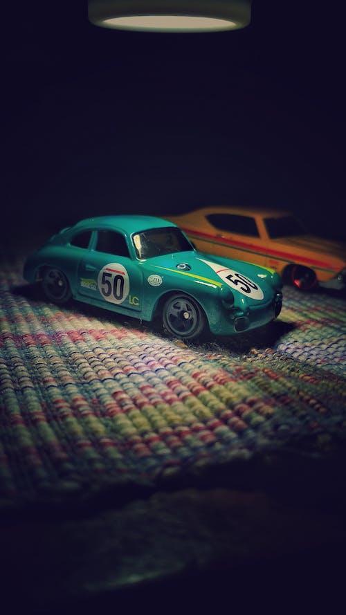 Бесплатное стоковое фото с автомобиль, журналист, игрушки, поездка