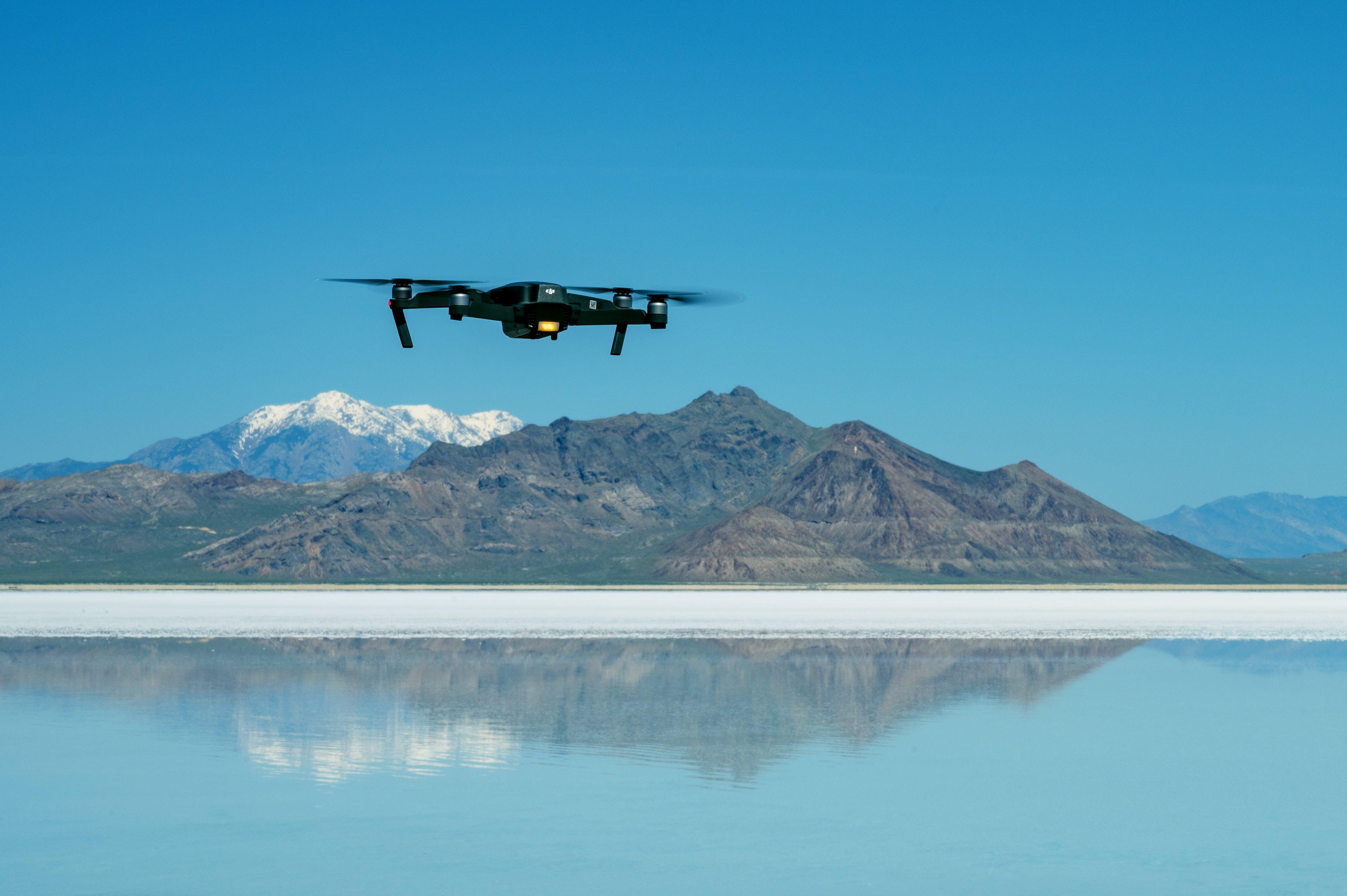 Gratis stockfoto met berg, beweging, daglicht, drone