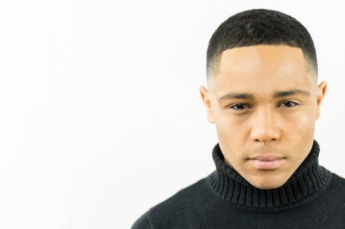 Ilmainen kuvapankkikuva tunnisteilla afroamerikkalainen mies, asu, hyvännäköinen, ilme