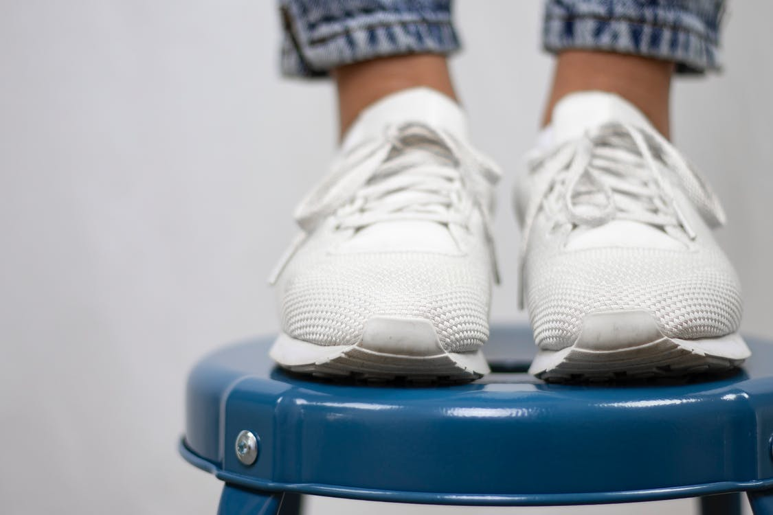 baskets, chaussures, pieds