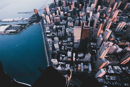 Kostnadsfri bild av antenn, arkitektur, byggnader, farlig