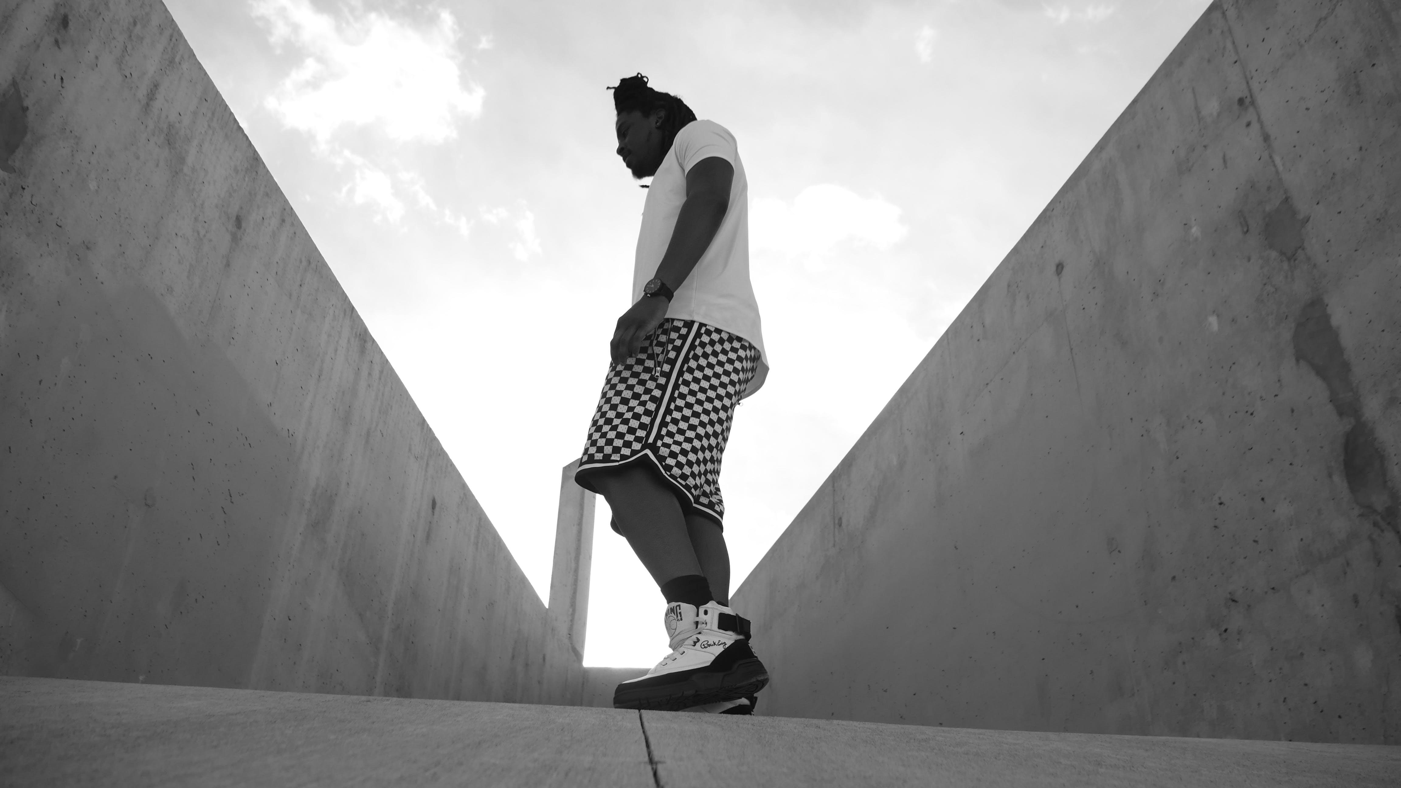 Gratis stockfoto met Afrikaanse man, Afro-Amerikaanse man, casual kleding, fotoshoot