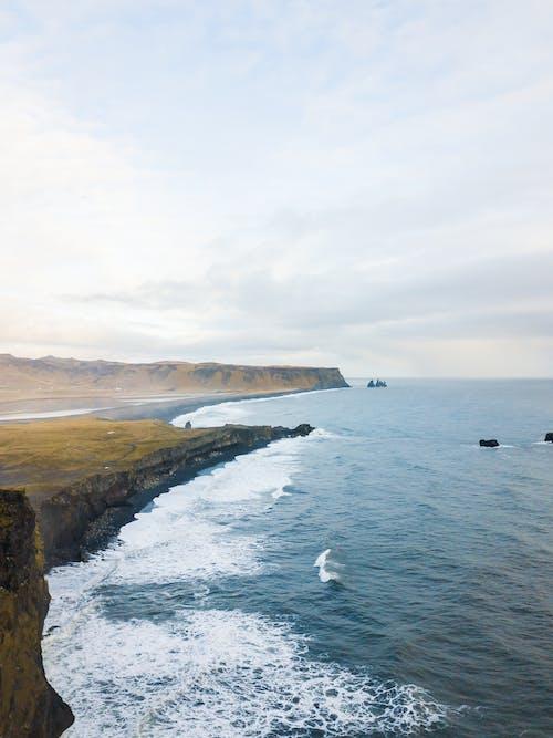 Gratis lagerfoto af bølger, dagslys, fugleperspektiv, græs
