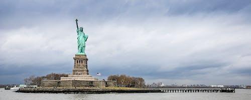 Özgürlük Anıtı içeren Ücretsiz stok fotoğraf