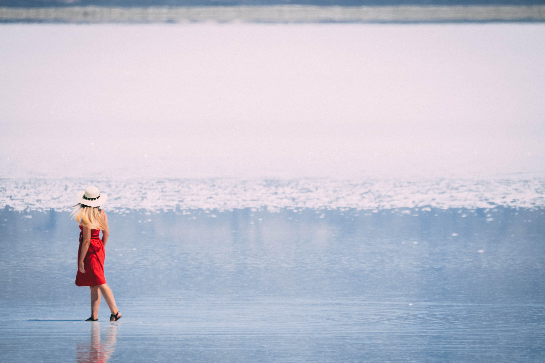 Immagine gratuita di donna, lago, lago salato, saline