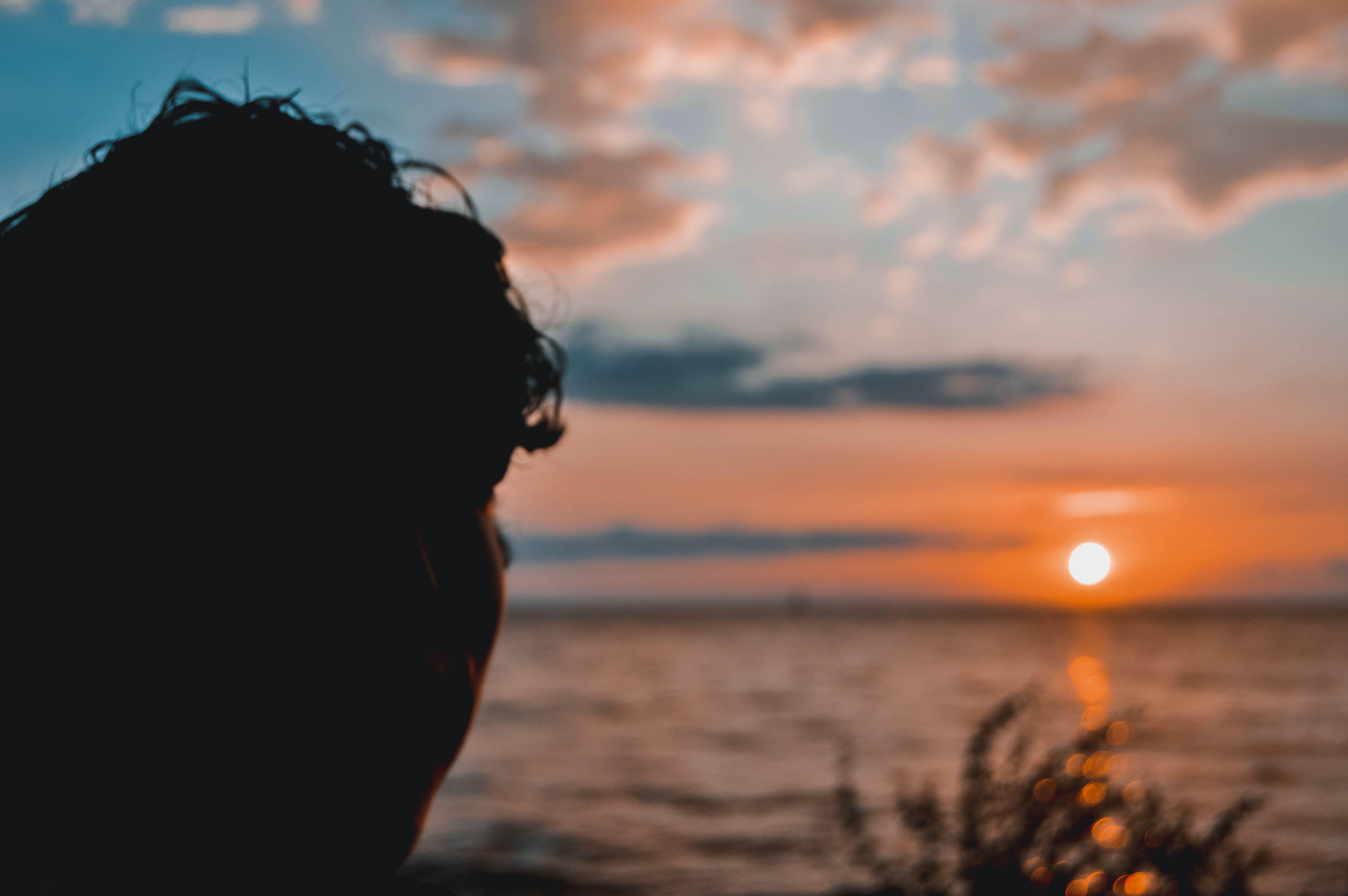 Δωρεάν στοκ φωτογραφιών με αγόρι, Ανατολή ηλίου, άνθρωπος, δύση του ηλίου