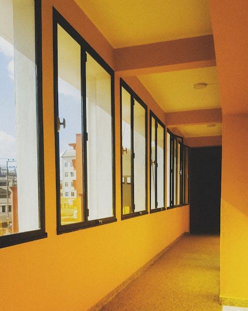 คลังภาพถ่ายฟรี ของ #corridor #warmcolor # estiantanimena #antananarivo