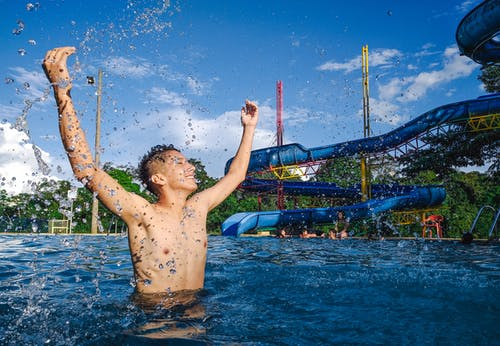 エクアドル, スイミングプール, 男, 青い水の無料の写真素材