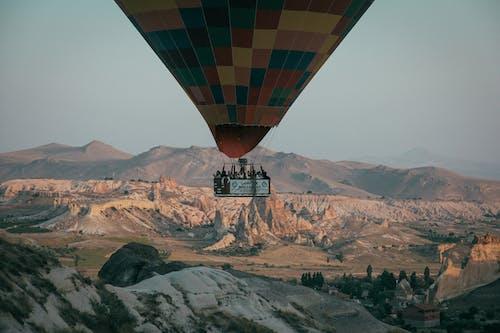 フライト, 屋外, 山, 熱気球の無料の写真素材
