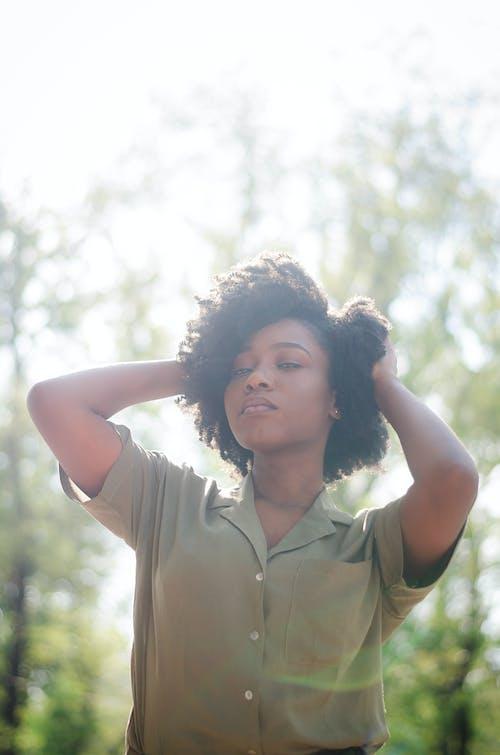 Ilmainen kuvapankkikuva tunnisteilla afro hiukset, afroamerikkalaiset naiset, aikuinen