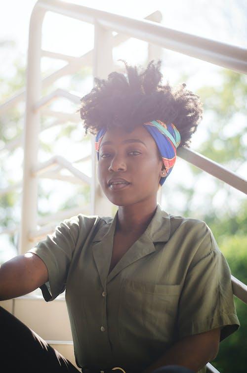 Ilmainen kuvapankkikuva tunnisteilla afro, afroamerikkalaiset naiset, asento