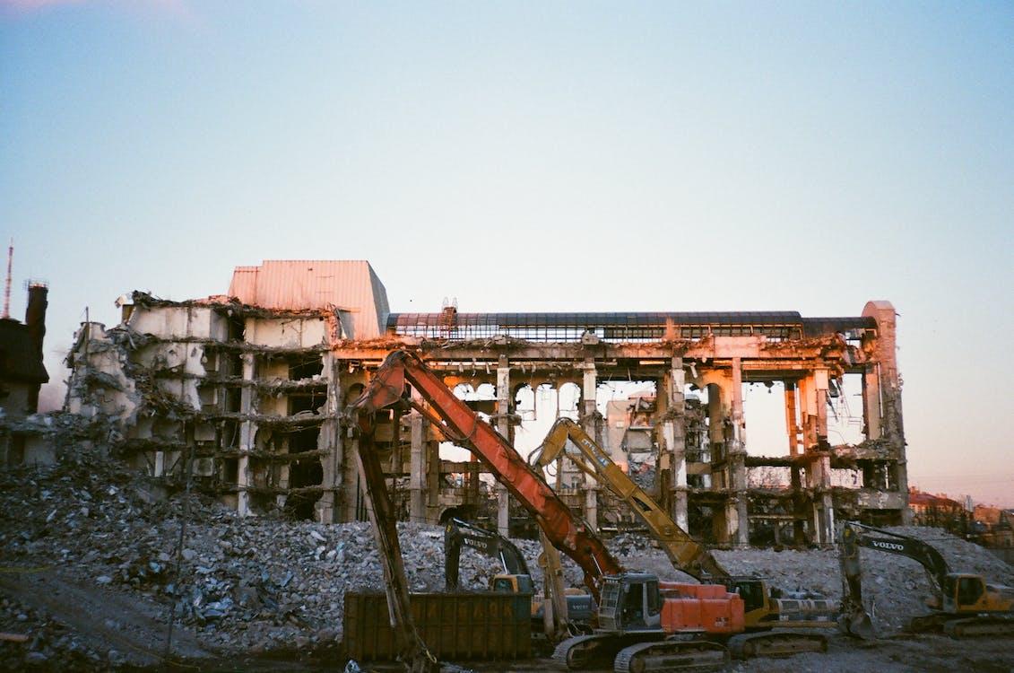 건물, 기계, 버려진