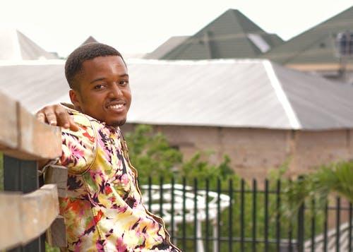 Kostenloses Stock Foto zu afrika, afrikanisch, afrikanischer mann, alles gute zum geburtstag